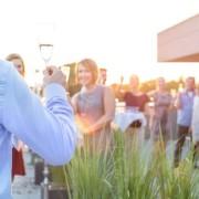 Mitarbeiterveranstaltungen Events Corde Concepts Rede Toast Draußen