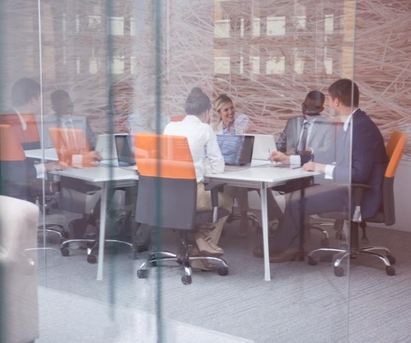 Netzwerk Team Corde Concept im Konferenzraum
